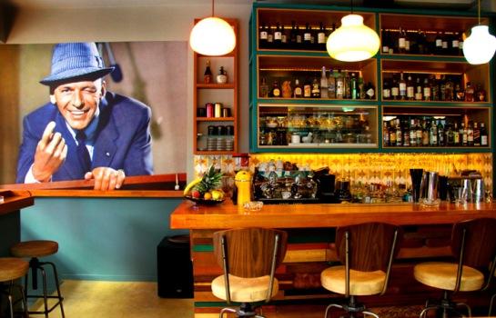 Drunk Sinatra - www.elle.gr - myathenian